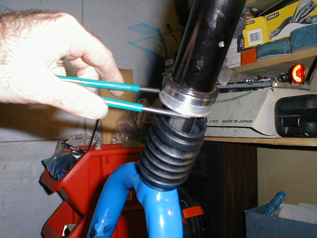 inspect the steerer tube parts