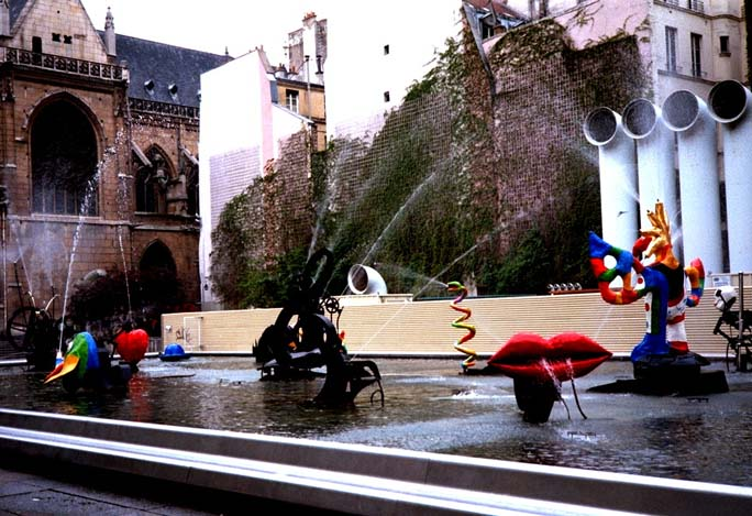 Beaubourg Fountain