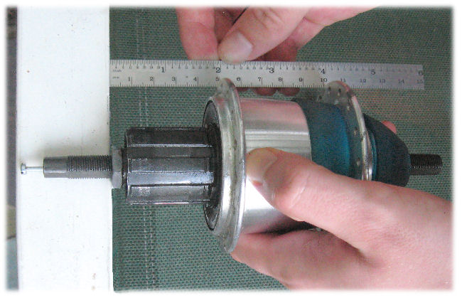 Measureing flange spacing